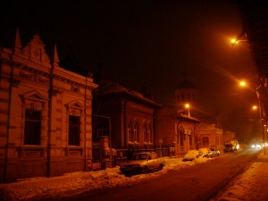 urban_winter_city_night_by_syprian-d36d9ed